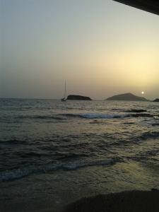 View from the beach side taverna at Sounio. Credit: Melissa Julian-Jones